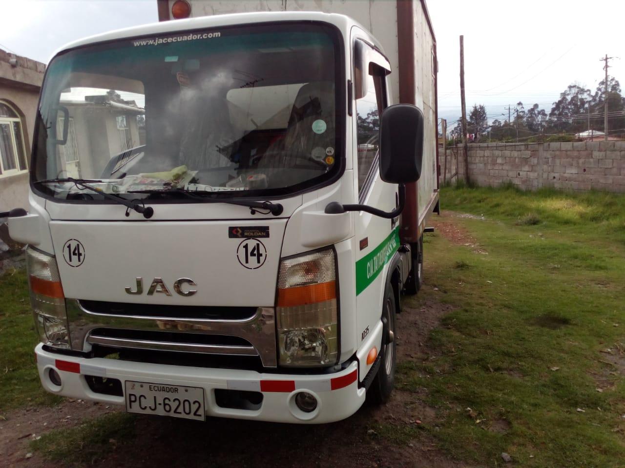 Alquiler de Camioneta Furgon en Conocoto Mudanzas la Floresta