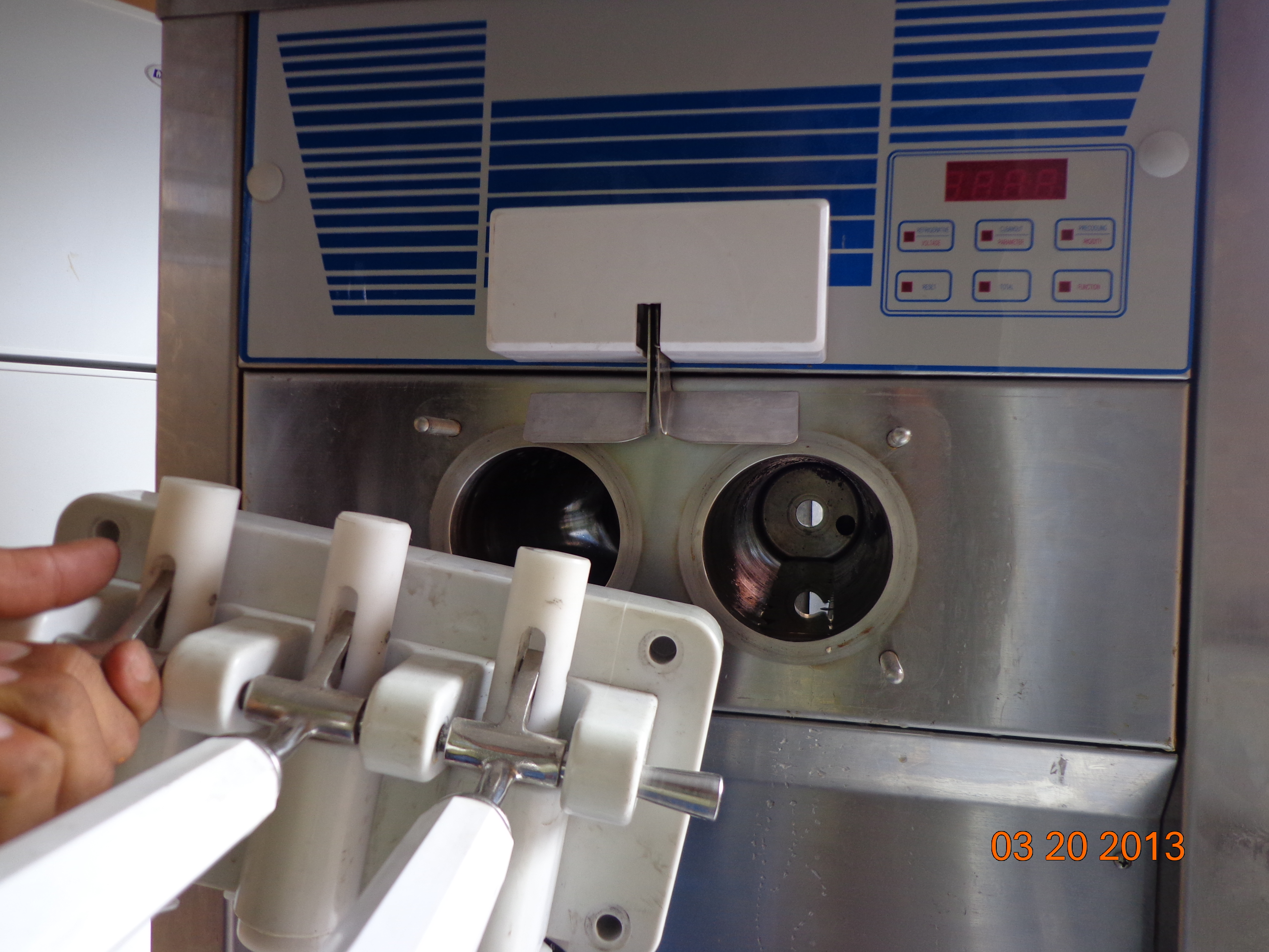 La imagen tiene un atributo ALT vacío; su nombre de archivo es maquina-de-helado-dsc00261.jpg